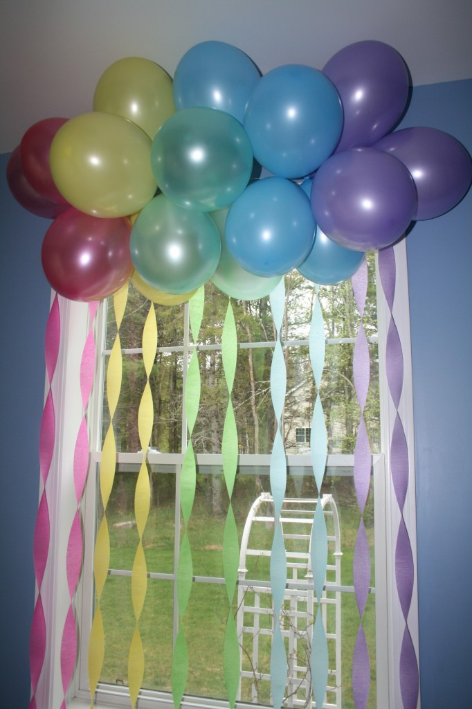 Rainbow birthday party theme oh honestly for Balloon and streamer decoration ideas