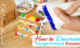 How to Decorate a Gingerbread House: The BEST Candy Ideas {Printable}